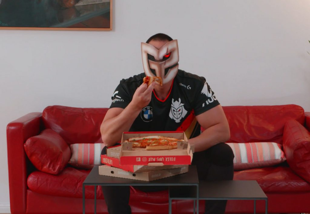 G2 esports domino's pizza